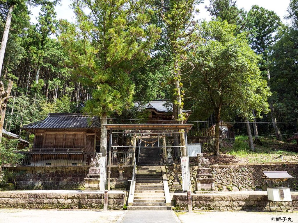 榊山神社 前景