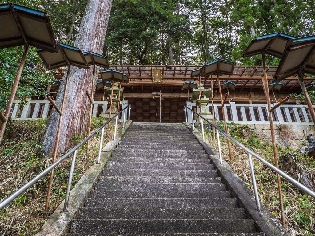 常磐神社 参道階段