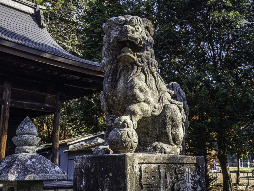 八王子神社 日本大正村 狛犬(阿形)