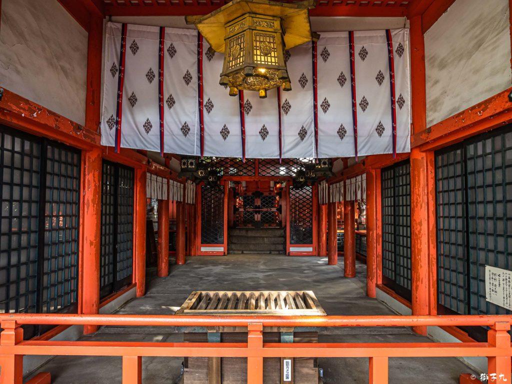 春日神社(愛知県名古屋市中区) 拝殿より本殿を望む