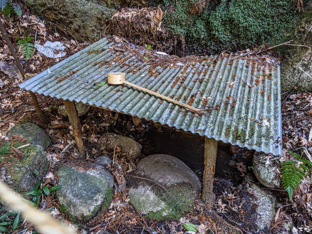 高森神社(苗木城跡) 手水舎